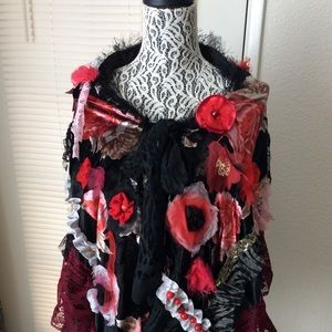 Shawl Cap Wrap Black/ Red Handcraft